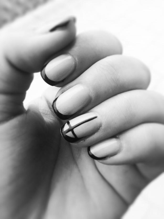 Cross Nails Art / Enrieta Nails Artist