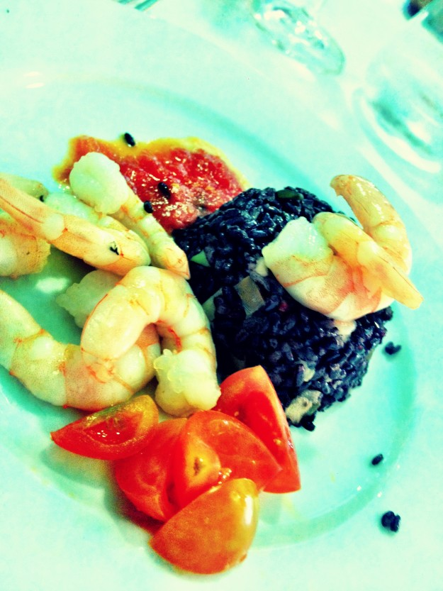 Black rice timbale with shrimps