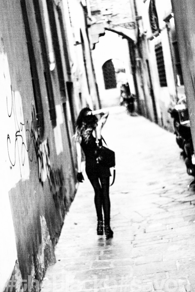 FLORENCE // IN THE STREET
