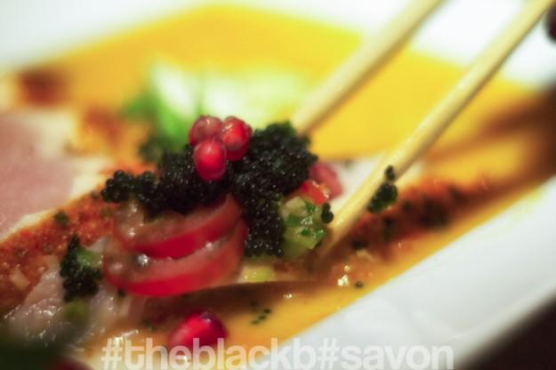 Albacore Tuna // garlic Chips // Pomme granade // Caviar //