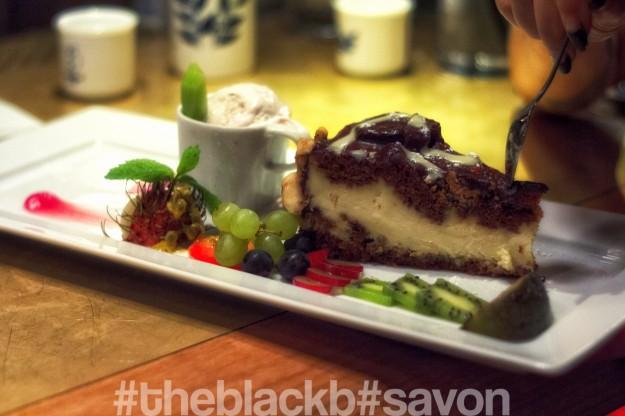 Banana Chocolate Cheesecake // peca nuts ice cream // Fresh lichi // water Melon //  Beet puree // Fresh fruits