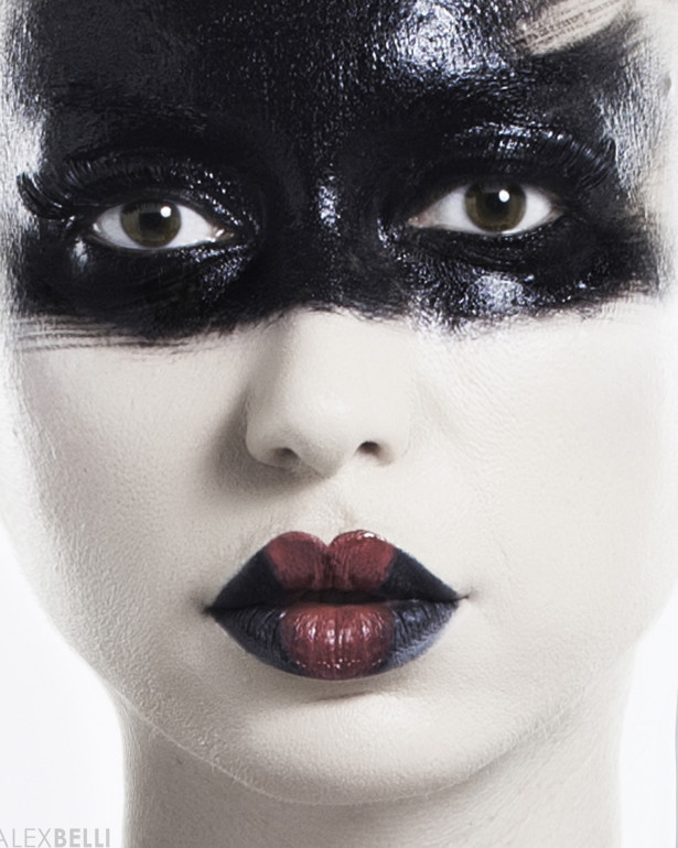 Black Grace _ Ph Alex Belli black-smoky-eye-beauty-editorial